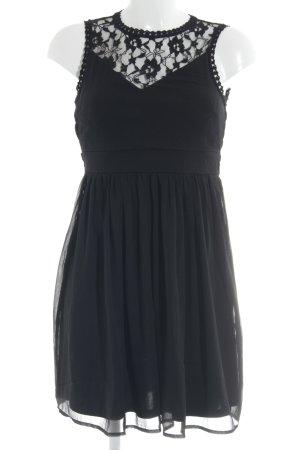 Vero Moda schulterfreies Kleid schwarz Blumenmuster Elegant