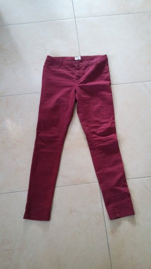 Vero Moda slim fit Hose Gr 40 in bordeaux