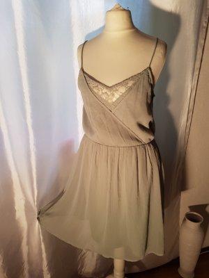 Vero Moda Lace Dress green grey