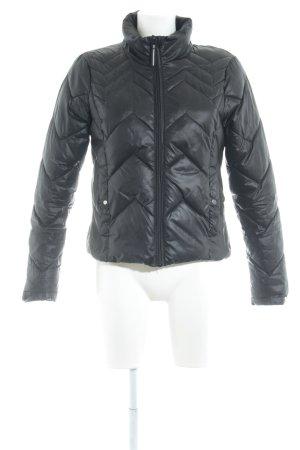 Vero Moda Veste matelassée noir motif en zigzag style simple
