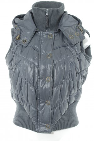 Vero Moda Quilted Gilet dark grey quilting pattern casual look
