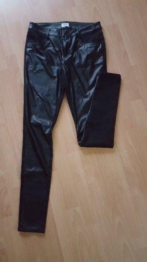 Vero Moda - Stoff/Lederhose; Gr. 40/34