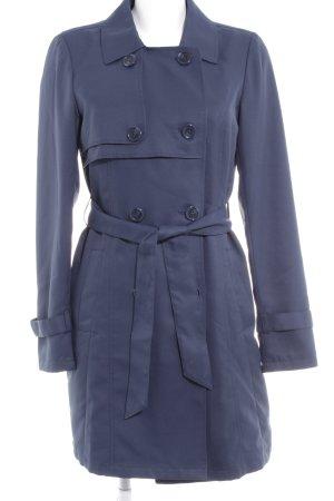 Vero Moda Trenchcoat dunkelblau Street-Fashion-Look