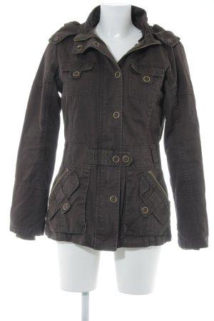 Vero Moda Winterjacke braun Street-Fashion-Look