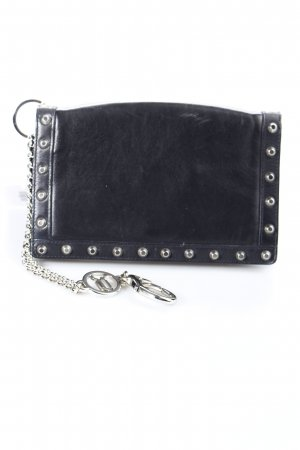 Versace Clutch schwarz Street-Fashion-Look