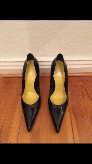 Versace Pointed Toe Pumps black