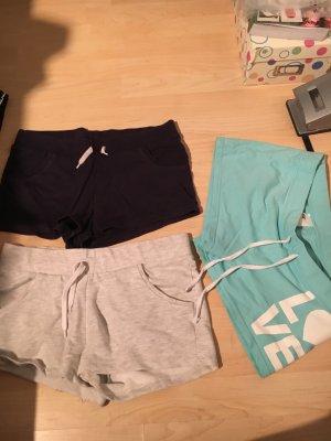 Verschiedene kurze Stoff Hosen
