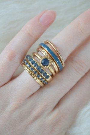 verschiedene Ringe als Set blau gold