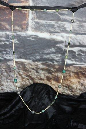 Verspielte Halskette lang