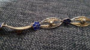 Verspieltes Armband mit blauen Blumen