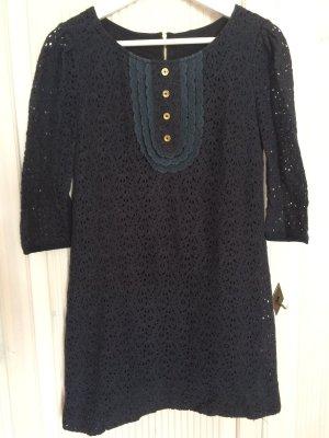Verspieltes dunkelblaues Spitzenkleid mit Knopfleiste von Juicy Couture