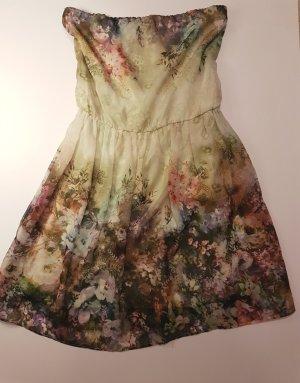 Verspieltes Sommerkleid
