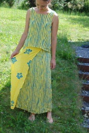 Animale Off the shoulder jurk geel-blauw Viscose