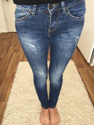 Verwaschene Bershka Jeans