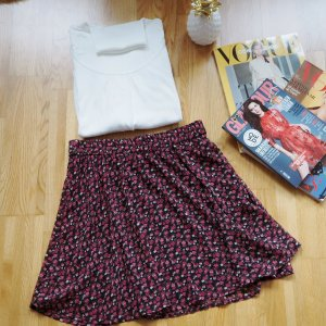Very pretty Vila skirt