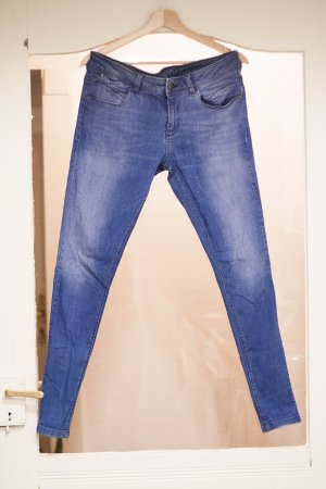 Very Skinny Jeans sitzt sehr eng