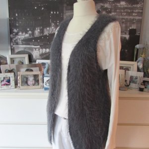 Vestino Long Knitted Vest grey