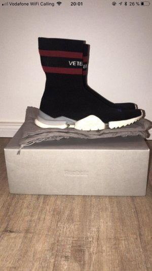 Vetements / Reebok dsneaker