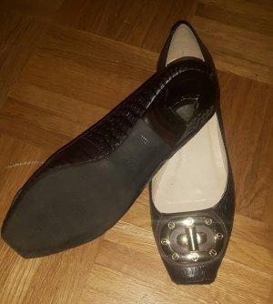 Via Uno Schuhe in dunkelbraunem Schlangenmuster