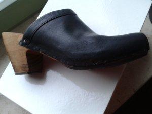 Vialis Mule à talon noir