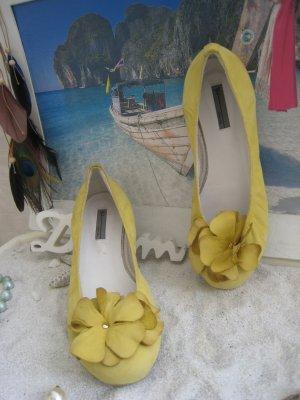 Vic ´´ Bezaubernde Ballerinas Luxus Leder Pastell Gelb Blüte NP 189 € Neu