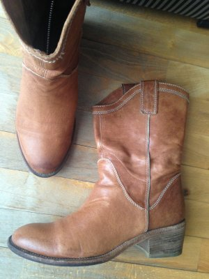 Vic Vero Cuoio braun Leder Cowboy Western Stiefelette Boots Gr 39 NP 295 Eur