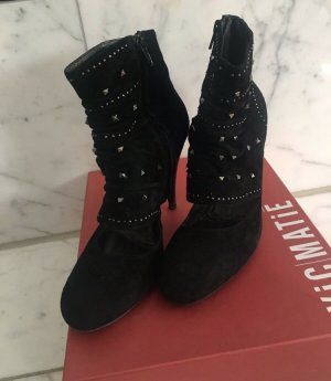 Vic Matie Cut Out Booties black suede