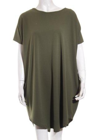 Vicolo Kleid khaki Street-Fashion-Look