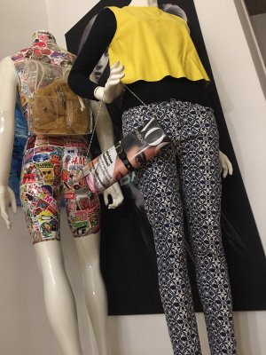 Vicolo leder top ZARA Hose Retro und Shirt  ital Boutique Small dunkelblau