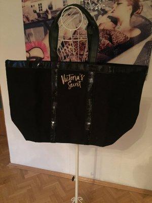 Victoria's Secret Shopper