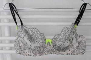 Victoria's Secret Transparenter BH Schwarz-weiß mit Schleifchen