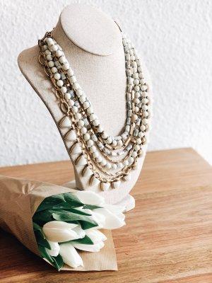 Stella & Dot Necklace white
