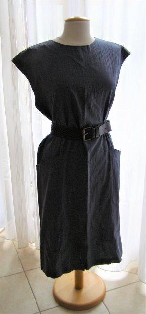 Vielseitiges Dunkel Blaues Kleid