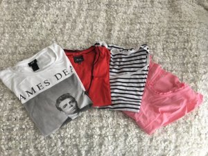 Vier Printshirts (weiß, rot, pink)