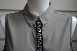 VILA Bluse mit festlich verzierter Knopfleiste