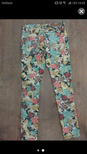 Vila - geblühmte Jeans