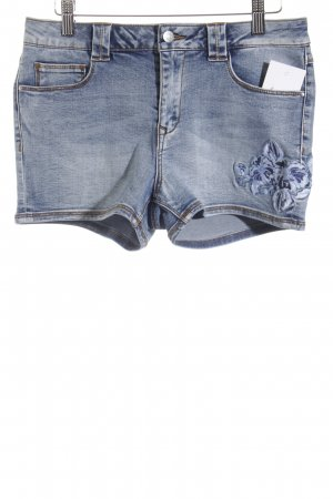 Vila Hot Pants Blumenmuster Street-Fashion-Look