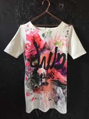 VILA Kleid mit Graffiti Print