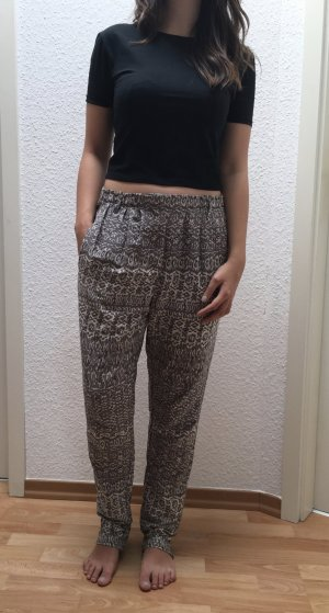 Vila Nalaja Pants, leichte und lockere Stoffhose mit Muster in Gr. S