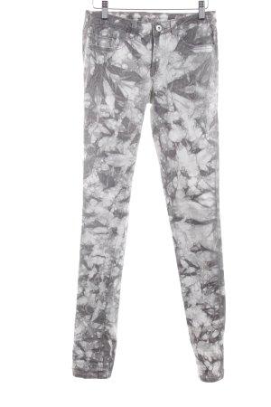 Vila Skinny Jeans grau-weiß abstraktes Muster Casual-Look
