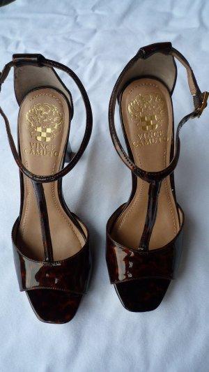 Vince Camuto High Heels Sandalette T-Strap Lackleder Animalprint Gr. 35 NEU