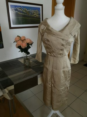 Tailleur taupe-gris brun