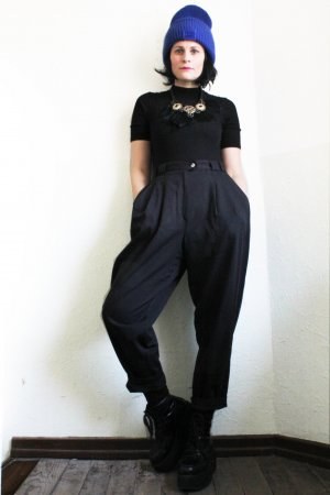 Vintage 90s High Waist Ankle Length Trousers