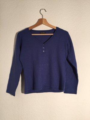 Pull en laine bleu foncé
