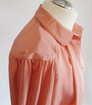 Vintage Bluse Delmod Größe 38 Apricot Lachs Rose Rosa Kugelknopf Repro Business Passe Oversize Bubikragen Langarm