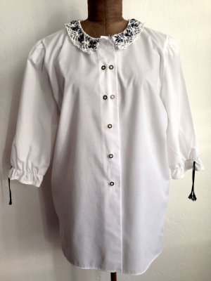 Vintage Bluse mit Häkelkragen, Gr. 44 (kann ab Gr. 40/42 getragen werden)