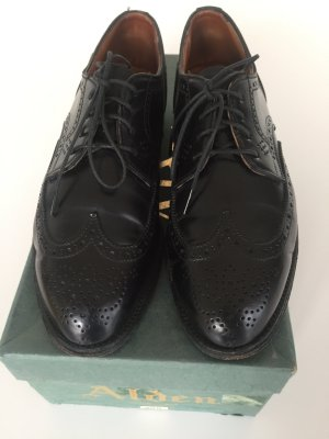 Chaussures basses noir cuir