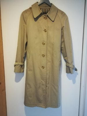 Vintage Burberry Trenchcoat