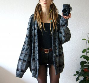 Vintage Cardigan kariert, oversized Strickcardigan meliert, alternative festival cozy