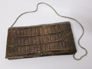 Vintage Clutch Brief Tasche Ketten Henkel Braun Kroko Leder Viele Fächer Rockabilly